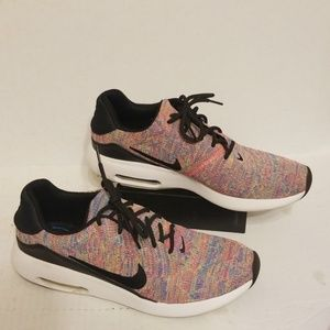 Nike Air Max women's shoes size 11